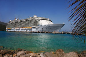 allure-of-the-seas-in-dock